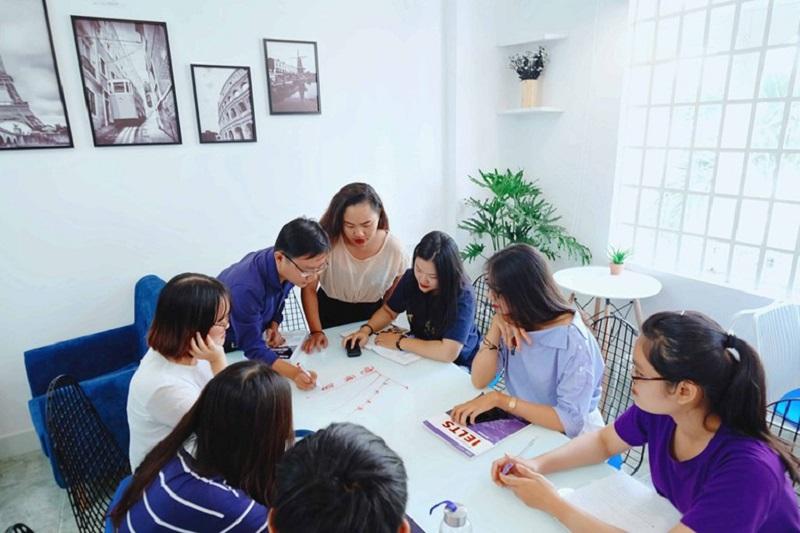 Lớp học tối đa 6-8 học viên cùng trình độ