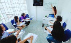 Học luyện thi IELTS tại IELTS Vietop có tốt không?
