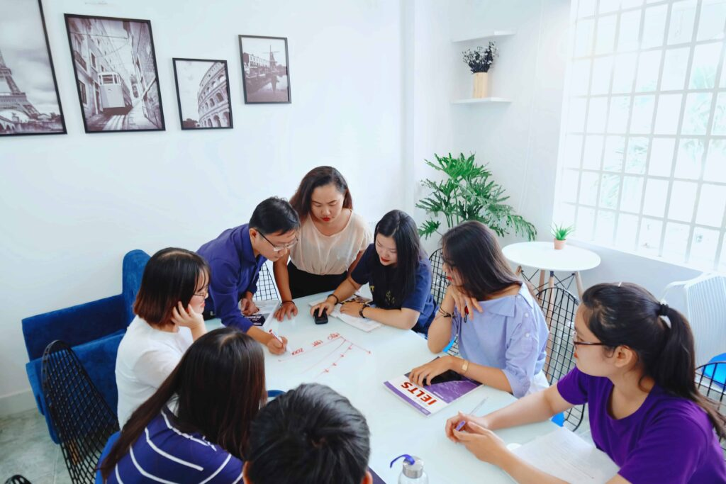 Học theo nhóm